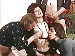Xhamster Movie:Vintag photo shoot gangbang