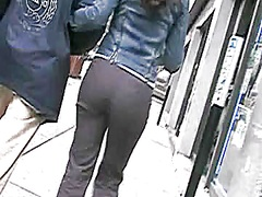 Candid A-Hole in Panti... video
