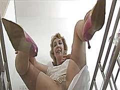 Thumb: Granny shows her linge...