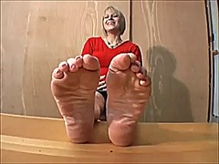 Lee vacuumed soles 2 video