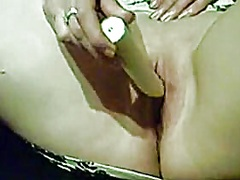 Private Home Clips Movie:this babe can't live without t...