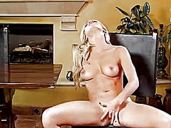 Wetplace - Niki young spends time...