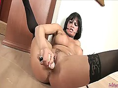 Wetplace Movie:Tory lane demonstrates her nea...