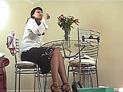 Xhamster Movie:Tries her shoes