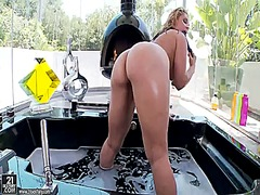 Blonde sarah vandella ... video