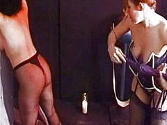 Cruel dominatrix pinch... video