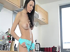 Sex starved honey kyla...