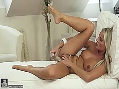 blonde, babe, masturbation