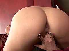Georgia jones plays with herself to orgasm in solo scene