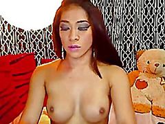 H2porn Movie:Sexy asian shemale strokes her...