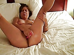 Private Home Clips Movie:Baltimore wife plays and cums ...