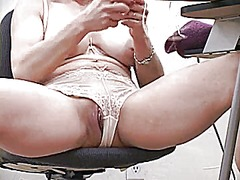 Thumb: Mature teacher talks t...