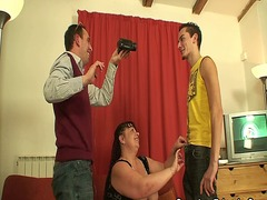 Fat mature babe takes ... video