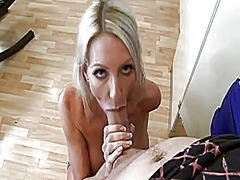 Thumb: Sexy milf fucked in cl...