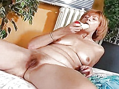 Aged redhead wife rubb... - Private Home Clips