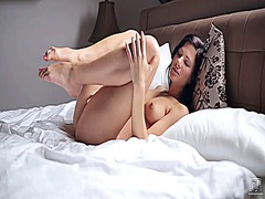 orgasm, shaved, toys, pleasure, clitoris, video, black, rubbing, girls, long, contractions, pussy, sexual, jilling, wet, masturbation, stimulate, solo, satisfaction