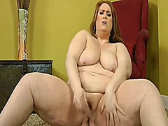 Thumb: Bbw beauty gives solo ...