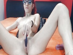 See: Turkish girl squirts