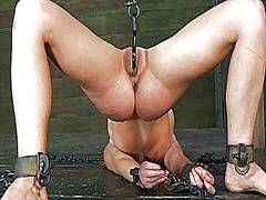 Ah-Me Movie:Bounded and terrified babe rec...