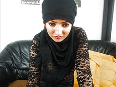 Xhamster Movie:Islamic middle-eastern girls i...
