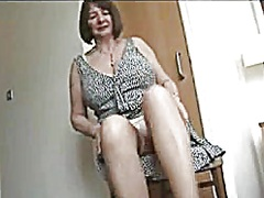 Upskirt Stripshow Hirs... preview