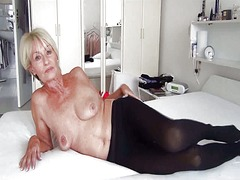granny, finger, cougar, flashing,