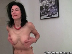 Xhamster Movie:Grandma can't resist her addic...