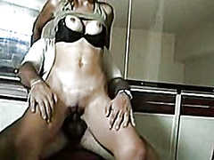 Thumbmail - Tall, blondie and tanned
