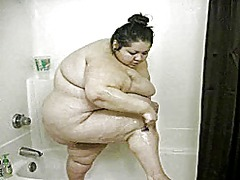 Sexy ssbbw in the shower - 08:19