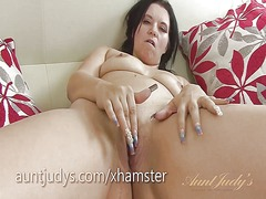 Thumb: Mature louise bassett ...
