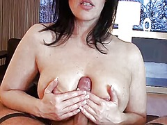 Klixen mature handjob ... video