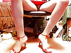 Private Home Clips Movie:Crazy shoe and skirt show 1