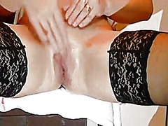Squirting my pussy - Private Home Clips