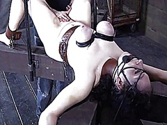 Clamped up angel recei...