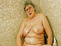 Thumb: Grandma in the tub