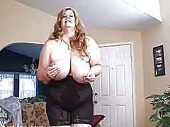Thumbmail - Curvy sharon in a sexy...