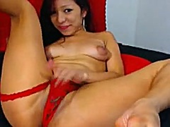 Private Home Clips Movie:brunette dancing and above sho...