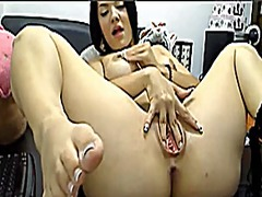 Squirting the colombia... video