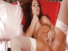 Wet pussy in white sto...
