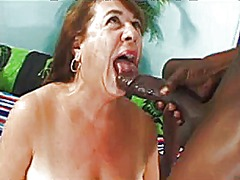 Mature bbw loving bbc - 32:01